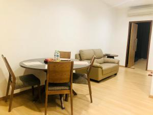 Lusso Suite Island Plaza, Apartmány  George Town - big - 107