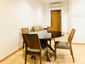 Lusso Suite Island Plaza, Apartmány  George Town - big - 101