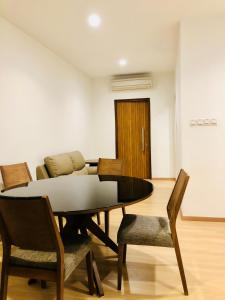 Lusso Suite Island Plaza, Apartmány  George Town - big - 99