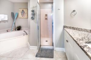 Sterling Shores 308-Happy Ours by RealJoy Vacations, Appartamenti  Destin - big - 14