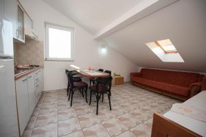 Apartments Frog, Apartmány  Novalja - big - 8