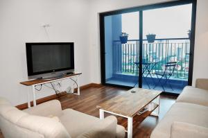 Goldmark City For Travelers, Apartments  Hanoi - big - 35