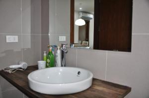 Goldmark City For Travelers, Apartments  Hanoi - big - 31