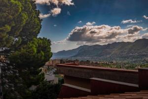 Casa Rossa, Bed and breakfasts  Monreale - big - 45