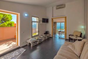 Casa Rossa, Bed and breakfasts  Monreale - big - 43