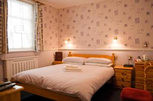 The Langham, Bed and Breakfasts  Weymouth - big - 4