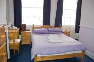 The Langham, Bed and Breakfasts  Weymouth - big - 21
