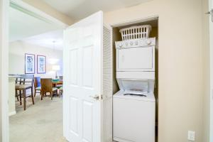 Palms Resort 2303 by RealJoy Vacations, Apartmanok  Destin - big - 29