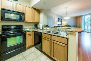 Palms Resort 2303 by RealJoy Vacations, Apartmanok  Destin - big - 9
