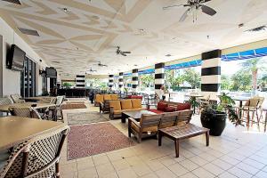 Palms Resort 2303 by RealJoy Vacations, Апартаменты  Дестин - big - 14