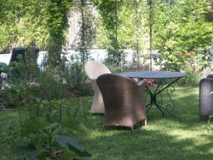 Villa Sanluca, Bed & Breakfast  Nyon - big - 21
