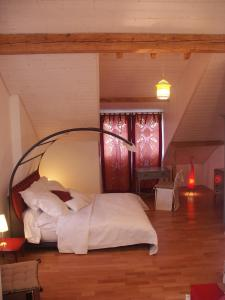 Villa Sanluca, Bed & Breakfast  Nyon - big - 12
