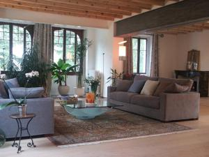 Villa Sanluca, Bed & Breakfast  Nyon - big - 32