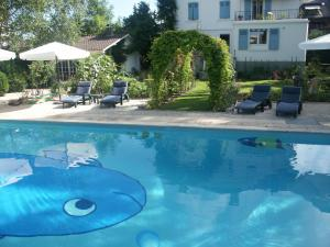Villa Sanluca, Bed & Breakfast  Nyon - big - 33