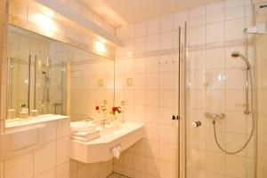 Hotel Pension Kühne, Penzióny  Boltenhagen - big - 6