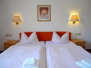 Hotel Pension Kühne, Penzióny  Boltenhagen - big - 12