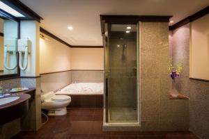 999 Chaophya Suite - Special Offer