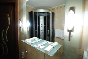 Hotel Royal Craiova, Hotely  Craiova - big - 73