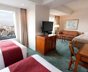 Deluxe Family Room with Sky Tree View - Non-Smoking (3 Adult)