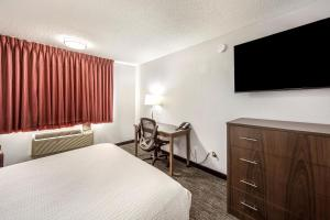 Red Lion Inn & Suites Grants Pass, Hotels  Grants Pass - big - 14