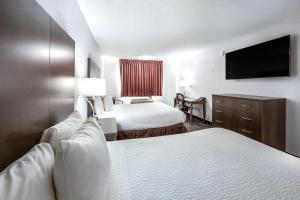 Red Lion Inn & Suites Grants Pass, Hotely  Grants Pass - big - 15
