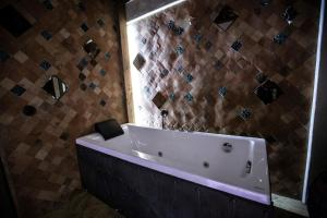 Artists Residence in Tbilisi, Hotels  Tbilisi City - big - 60