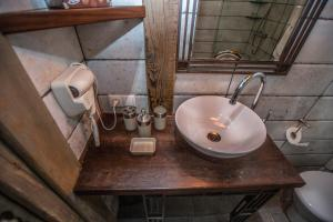 Artists Residence in Tbilisi, Hotels  Tbilisi City - big - 36