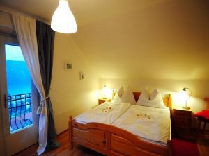 Villa Seeblick, Apartments  Millstatt - big - 4