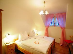 Villa Seeblick, Apartments  Millstatt - big - 5