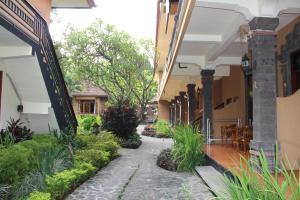Banyualit Spa 'n Resort Lovina, Resort  Lovina - big - 38