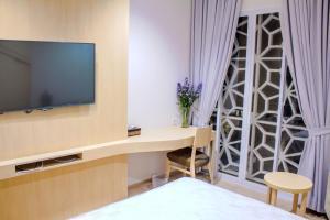 Mk House Scbd, Гостевые дома  Джакарта - big - 5