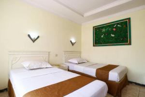 Hotel Tanjung, Hotely  Surabaya - big - 12