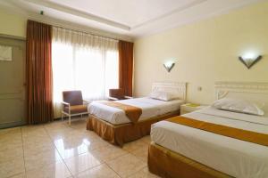 Hotel Tanjung, Hotely  Surabaya - big - 2