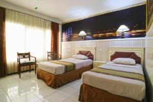Hotel Tanjung, Hotely  Surabaya - big - 28