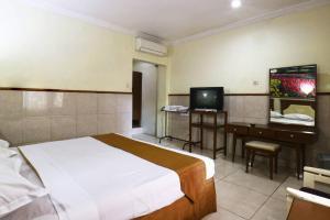 Hotel Tanjung, Hotely  Surabaya - big - 25
