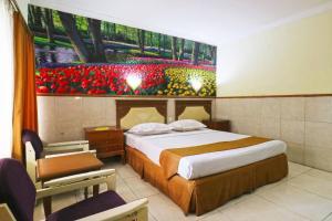 Hotel Tanjung, Hotely  Surabaya - big - 23