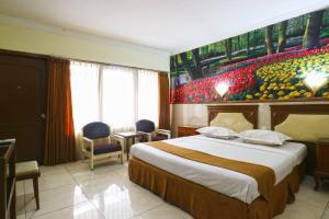 Hotel Tanjung, Hotely  Surabaya - big - 21