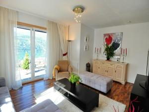 Villa Seeblick, Апартаменты  Мильстат - big - 9