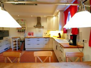 Villa Seeblick, Apartments  Millstatt - big - 10