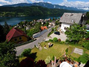 Villa Seeblick, Apartments  Millstatt - big - 14