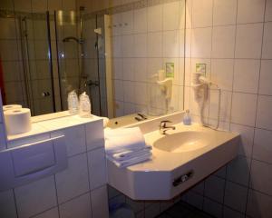 Hotel Pension Kühne, Penzióny  Boltenhagen - big - 37