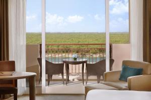 Deluxe Mangroves Balcony