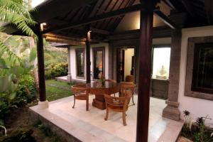 Villa Annapurna River view, Vendégházak  Mengwi - big - 23