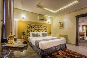Almuhaidb Al Takhasosi Suites, Apartmánové hotely  Rijád - big - 7