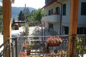 9 Suites ApartHotel, Aparthotels  Braşov - big - 1