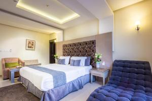 Almuhaidb Al Takhasosi Suites, Apartmánové hotely  Rijád - big - 8