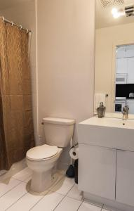 N2N Suites - Downtown City Suite, Ferienwohnungen  Toronto - big - 33
