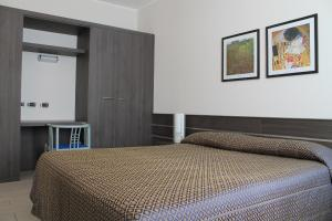 Hotel Residence Aurora, Hotels  Paderno Dugnano - big - 3