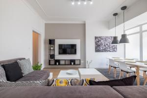 blueWaveplace - Stylish 2 BR Home in Center of Sofia