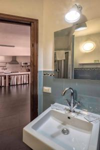 Casa Rossa, Bed and breakfasts  Monreale - big - 22